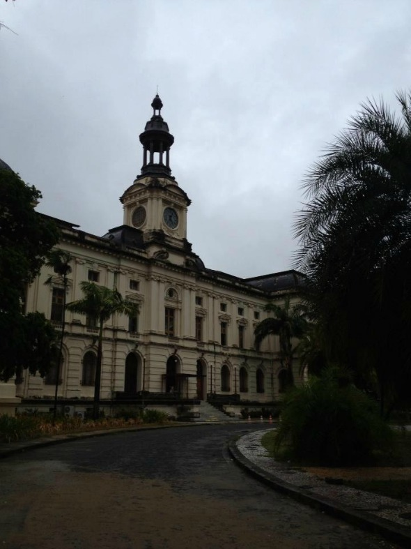 A Faculdade de Direito do Recife da UFPE foi uma das aprovadas pela OAB - Crédito: Reprodução/Facebook
