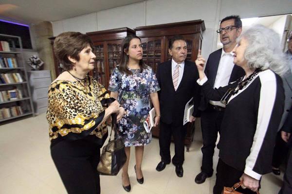 Jo~~ao e Laura Lyra, Macelo Canuto e a presidente Fatima Quintas