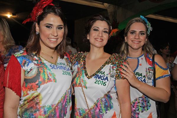 Gláubia Lima, Aline Amorim e Amanda Amorim - Crédito: Roberto Ramos/DP