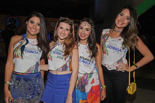 Carolina Harrop, Luiza Luna, Flávia Ferraz e Roberta Sales - Crédito: Roberto Ramos/DP