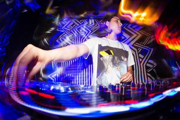 DJ Camila Cortez. Crédito: Divulgação/Seu Boteco