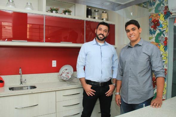 Adriano Negrini e Leonardo Vasconcelos. Crédito: Luiz Fabiano/Divulgação