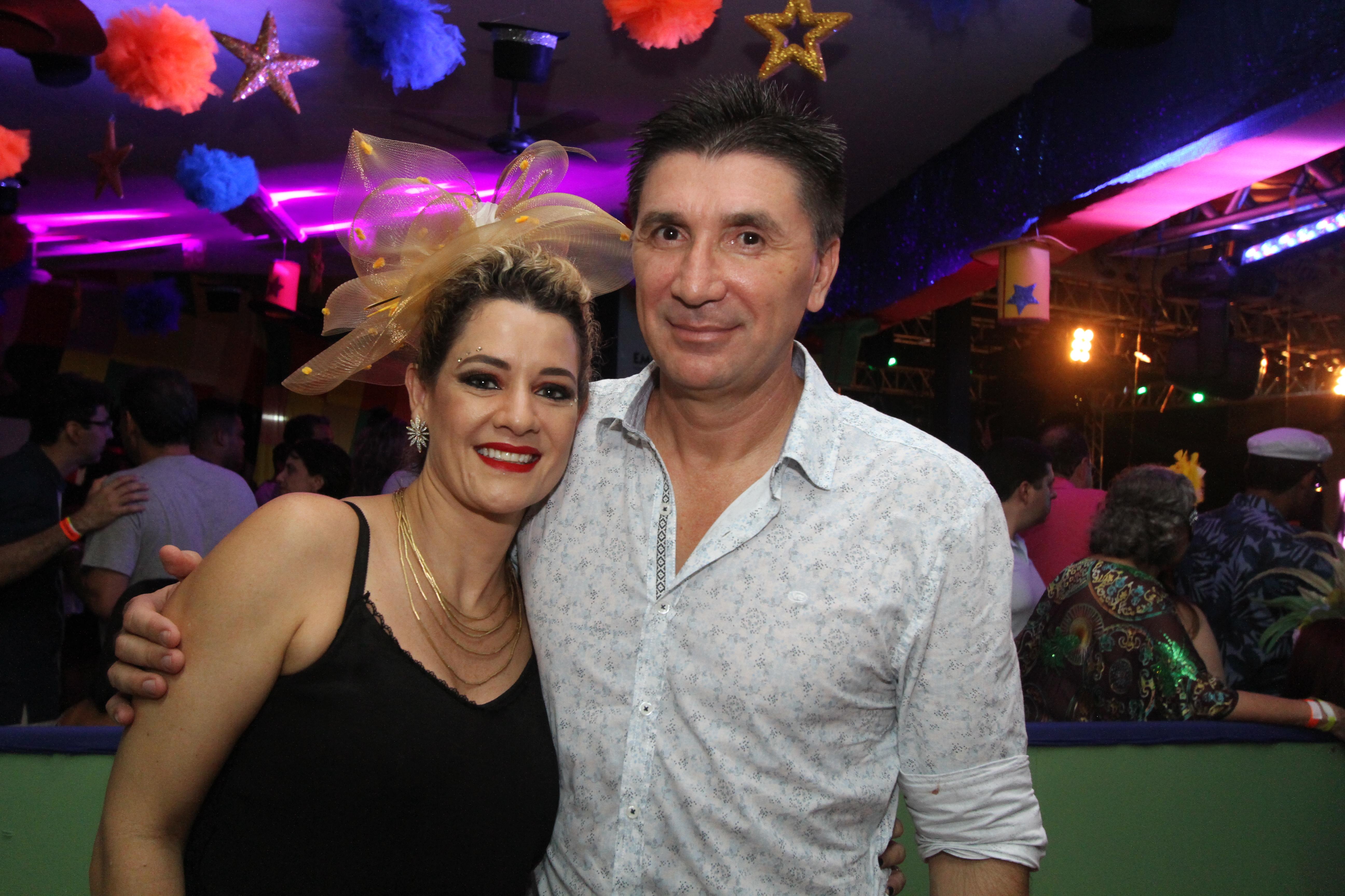 Sandra e Janguiê Diniz - Crédito: Nando Chiappetta/DP