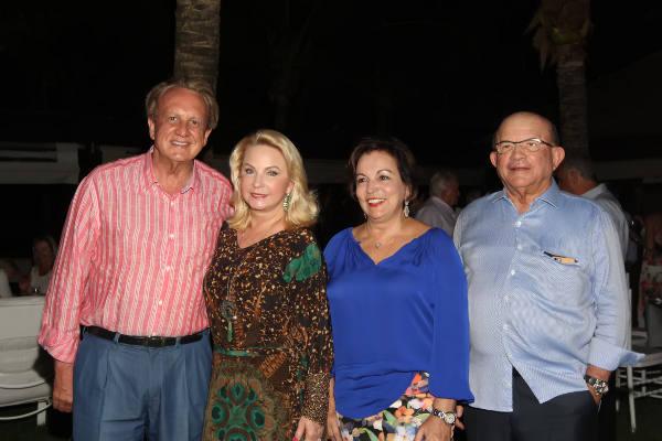 Casais Edson e Solange Bueno e Ângela e Eustácio Vieira