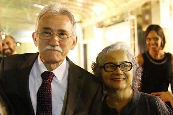 Luciano Siqueira e Luci. Crédito: Ricardo Fernandes / DP