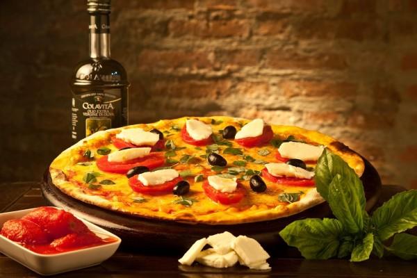 Não tem como errar com a tradicional pizza Marguerita - Crédito: Divulgação