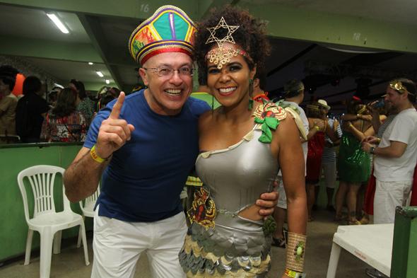 Silvio Meira e Katia Betmann - Credito: Nando Chiappetta/DP - BLOG JA - Baile do Siri Nata, no Clube Portugues com show de Nacao Zumbi.na fot o -