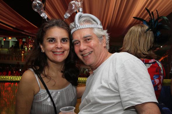 Rita de Casia Araujo e Gugu Ferrer - Crédito: Nando Chiappetta/DP - BLOG JA