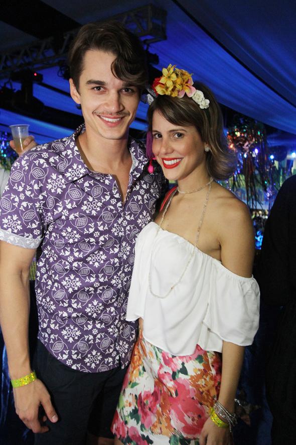 Victor Carvalheira e Eduarda Dubeux - Crédito: Nando Chiappetta/DP - BLOG JA
