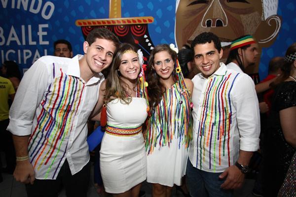 Pedro Campos, Augusta Carneiro, Eduarda Campos e Thomaz Alencar - Crédito: Paulo Paiva/DP