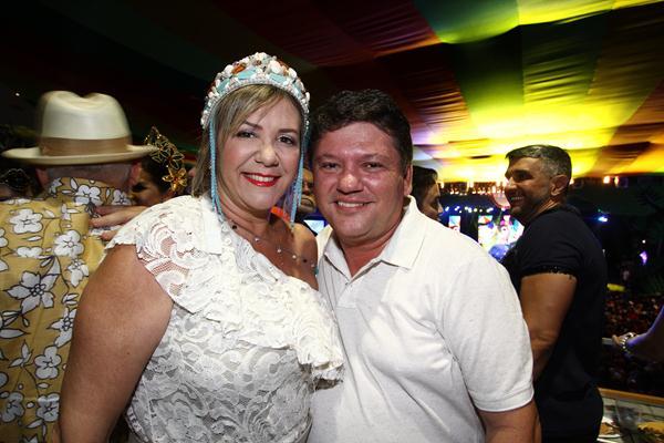 Maria Eduarda e Silenk Guedes