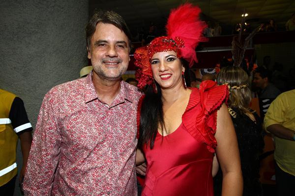 O vice-governador Raul Henry e Luiza - Crédito: Paulo Paiva/DP