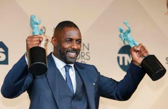 O ator Idris Elba levou prêmios por seu trabalho no cinema e na televisão - Crédito: Reprodução/Twitter