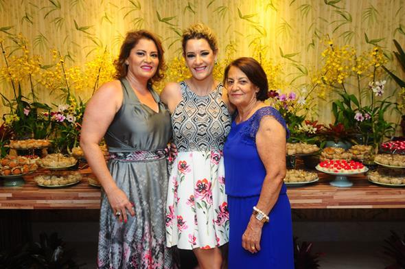 Célia Lourette, Sandra Janguiê e Orlandina Lourette - Crédito: Armando Artoni/Divulgação