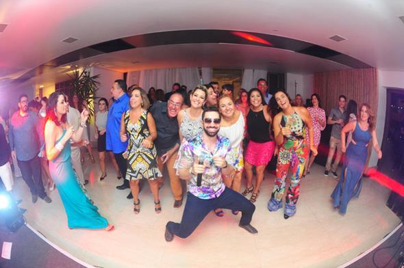 Faringes da Paixão e os convidados da festa - Crédito; Armando Artoni/Divulgação