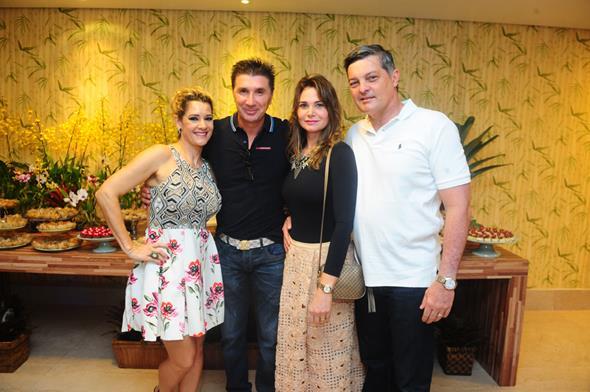 Sandra Janguiê, Janguiê Diniz, Cid Marcone e esposa - Crédito: Armando Artoni/Divulgação