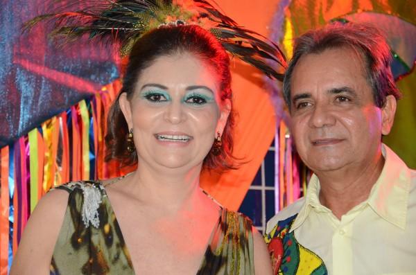 Prefeito Carlos Santana e a primeira-dama Simone Santana serão os anfitriões do Baile Municipal do Ipojuca - Crédito: Danilo Luiz/Prefeitura do Ipojuca/Divulgação