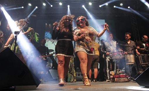 Ela Ramalho e Nena Queiroga. Crédito: Larissa Nunes / Divulgação