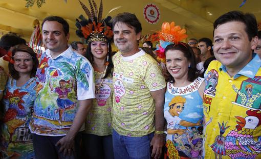 Ana Luiza Camara, Paulo Camara, Luiza Nogueira, Raul Henry, Cristina Mello e Geraldo Julio - Crédito: Ricardo Fernandes/DP