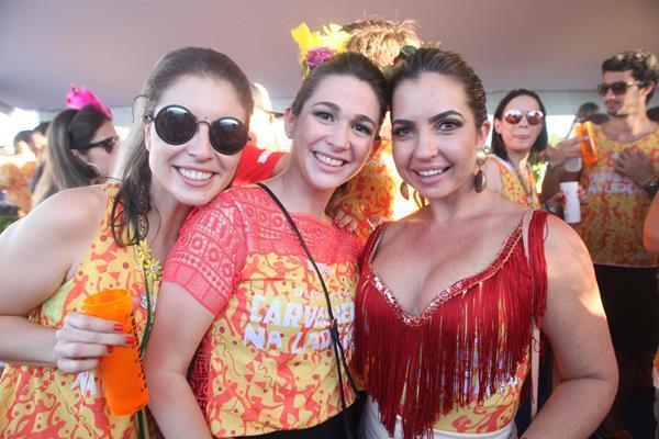 Eduarda Petribu, Carolina Passi e Paula Accioly - Crédito: Vinícius  Ramos/Divulgação