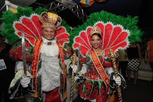 Inaldo Fernando e Emilayne Gomes, Rei e Rainha do carnaval - Credito: Roberto Ramos/DP.