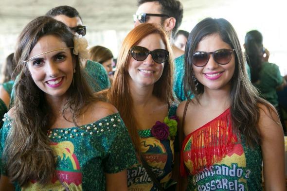Larissa Santos, Isabela Barbarini e Gabriela Miranda. Crédito: Charles Johnson/Divulgação