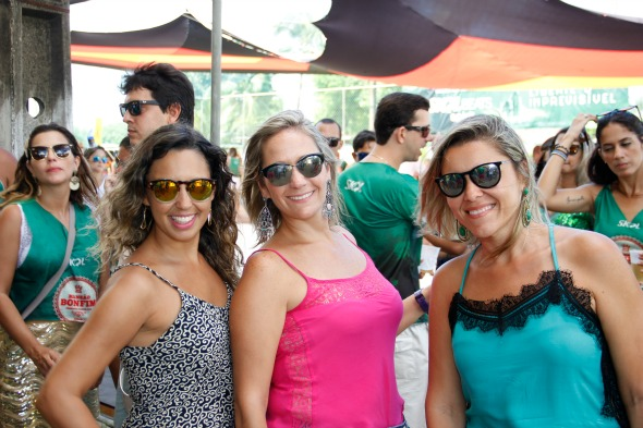 Luana de Oliveira, Clarisse Coleho e Aline Lima. Crédito: Jonas Liberato/Divulgação
