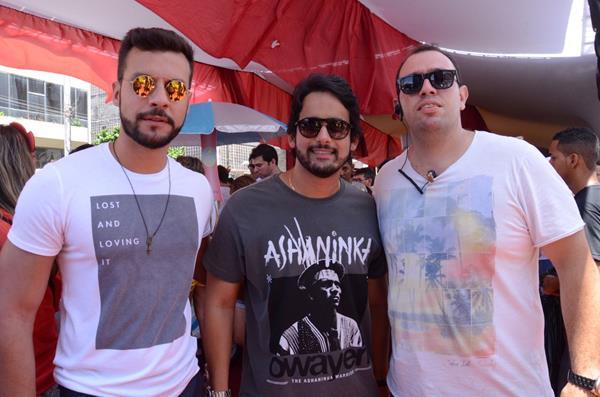Thiago Ferraz, Paulo Labanca e Abdo Vilanova - Crédito: Roberta Pontual/Comunnik/Divulgação