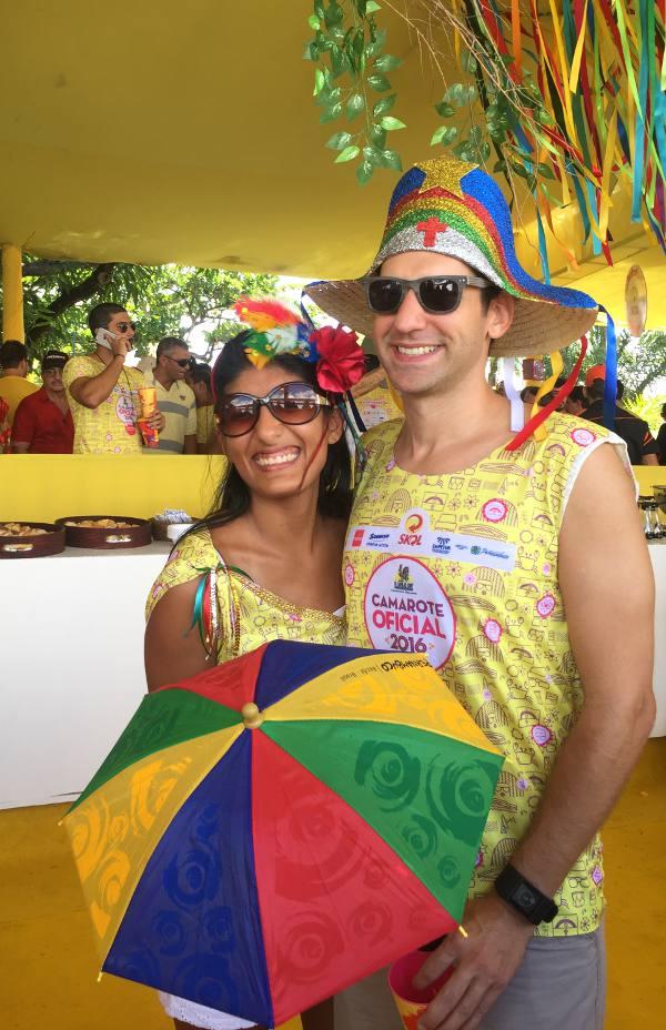 Paloma Gonzales e Brian Cohn. da equipe do consulado dos Estados Unidos/JAMS