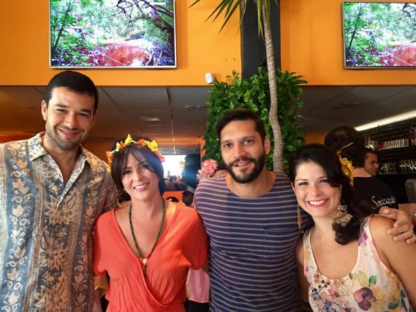 Sáerio Marone, Carla Bensoussan, Armando Babaioff e Samara Felippo