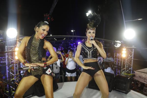 Claudia Leite e Mari Antunes