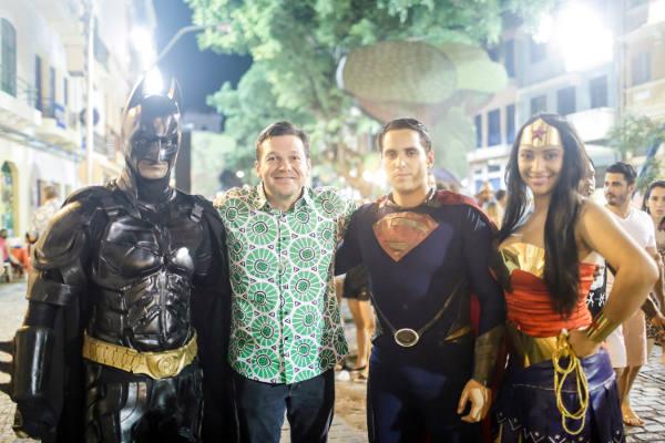 Encontro com os super-heóis