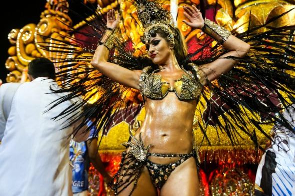 Detalhes do desfile da escola Império de Casa Verde no Carnaval 2016 de São Paulo. Crédito: Paulo Pinto/LIGASP/Fotos Publicas