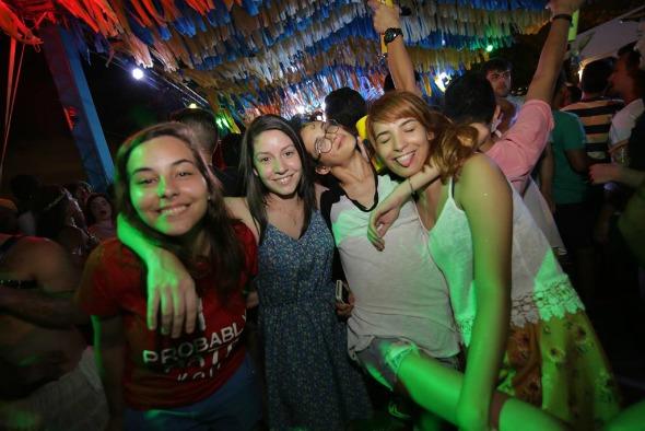Raffa Souza, Danielle Van Drunen, Tamiris Novaes e Brenda Lopes. Crédito: Celo Silva/Divulgação