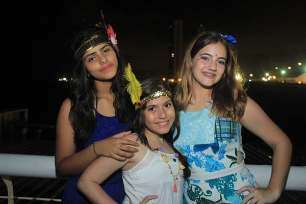 As crianças do The Voice Kids Mariana Rocha, Marina Silveira e Tábatha Almeida Crédito: Luiz Fabiano/Comunnik/Divulgação