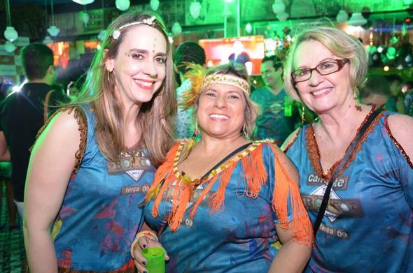 Paula Sotero, Ana Cristina Lapenda e Maria Isabel Santos. Crédito: Gil Alves/Divulgação