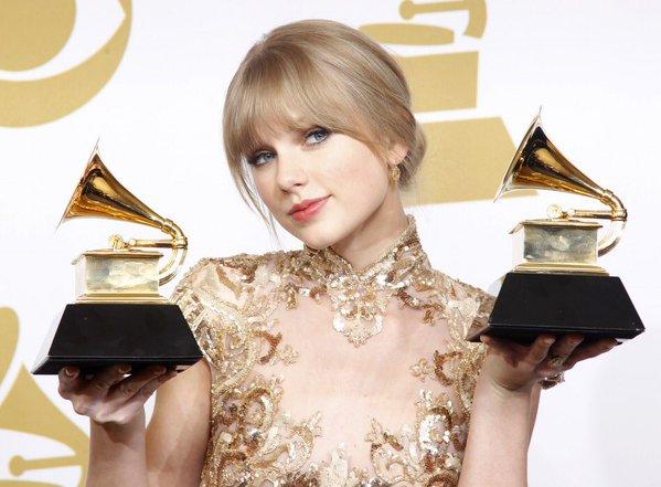 A cantora está indicada em três categorias e irá se apresentar na cerimônia - Crédito: Reprodução/twitter