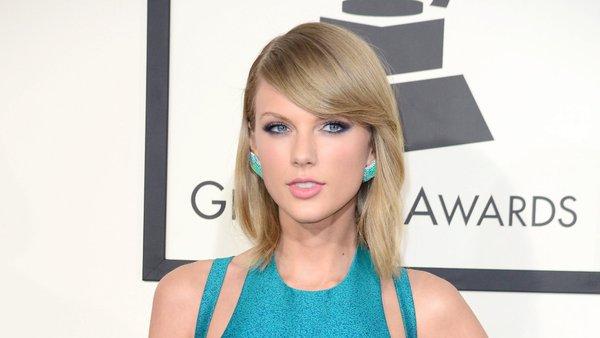 Taylor Swift - Crédito: Reprodução/Twitter