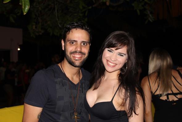 Calukinha, ex-Só Na Marosidade, com Aninha. Crédito: Paulo Victor Moura/Divulgação