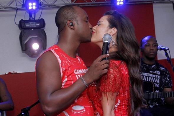 Thiaguinho e Fernanda Souza Crédito: Alex Palarea/Divulgação
