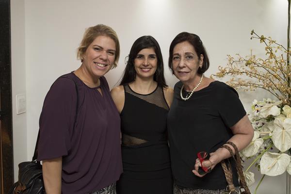 Pietra, Ana Karina e Lúcia Spessato - Créditos: Ednaldo Bispo/Divulgação