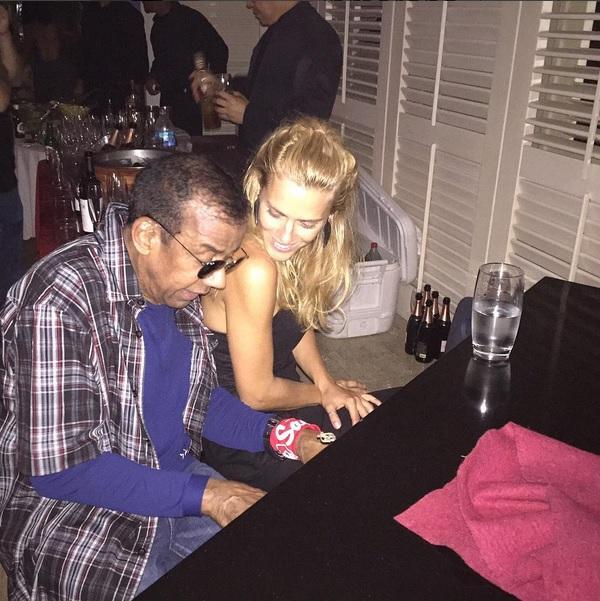 Jorge Ben Jor e Carolina Dieckmann na festinha de Caetano - Crédito: Reprodução/Instagram