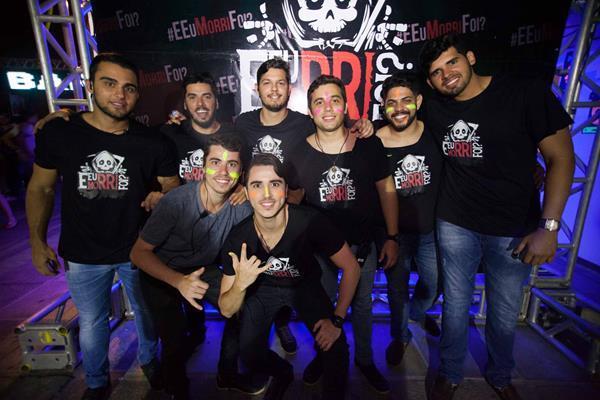 Produção comemorando sucesso da festa - Crédito: Vito Sormany/Divulgação