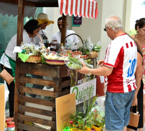 A feirinha conta com alimentos orgânicos - Crédito: Divulgação