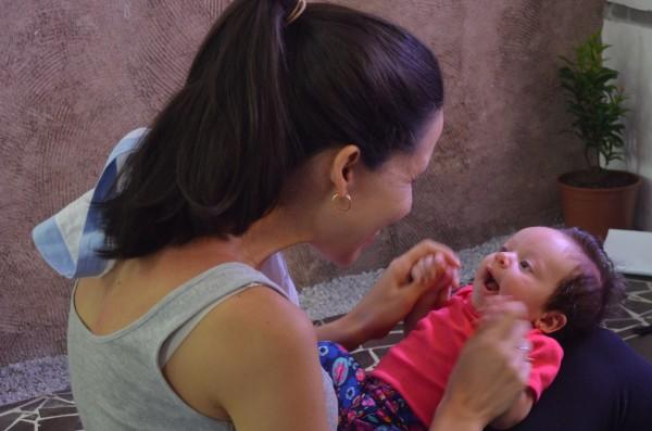Manuela Wanderlei levou sua pequena para a aula - Crédito: Malu Cavalcanti/Esp. DP - Blog João Alberto