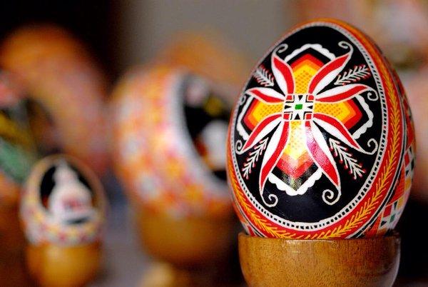 A arte de pintura dos ovos é tradição na Ucrânia - Imagem Ilustrativa/Reprodução/Twitter