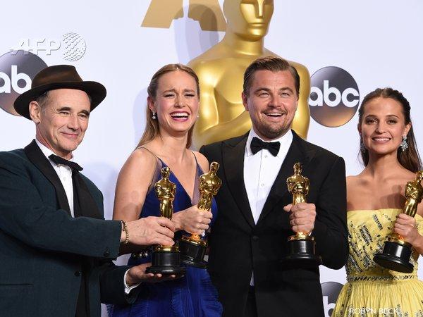 Mark Rylance, Brie Larson, Leonardo DiCaprio e Alicia Vikander - Crédito: Reprodução/Twitter