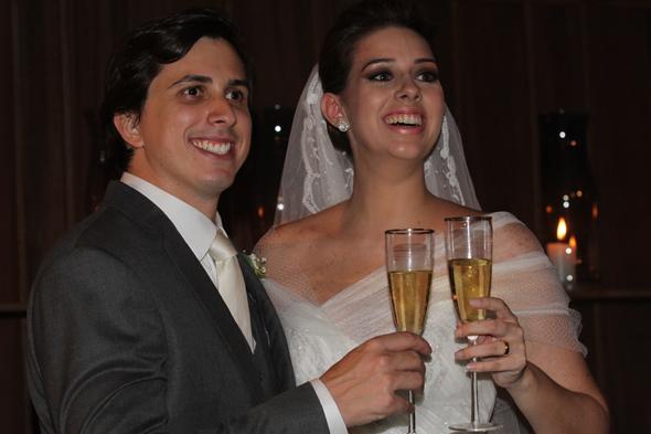 Daniel Asfora e Gabriela Maranhão. Crédito: Roberto Ramos/DP