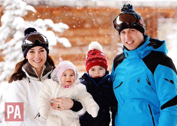 William, Kate e os filhos Charlotte e George - Crédito: John Stillwell/Reprodução/Twitter/KensingtonRoyal