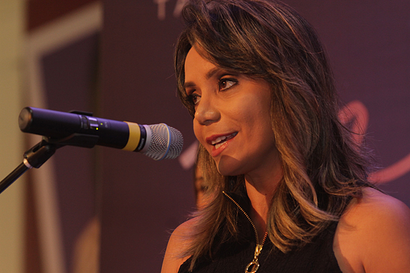 Sabrina Rocha apresentou o prêmio - Crédito: Roberto Ramos/DP